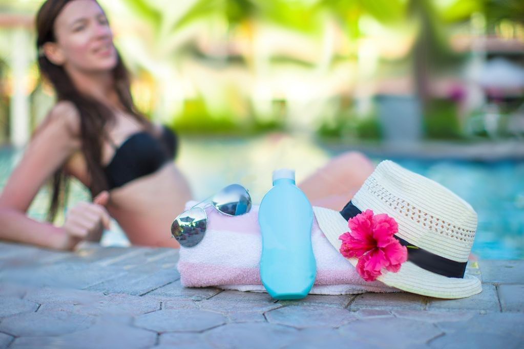 Le creme solari sono dannose per la piscina?