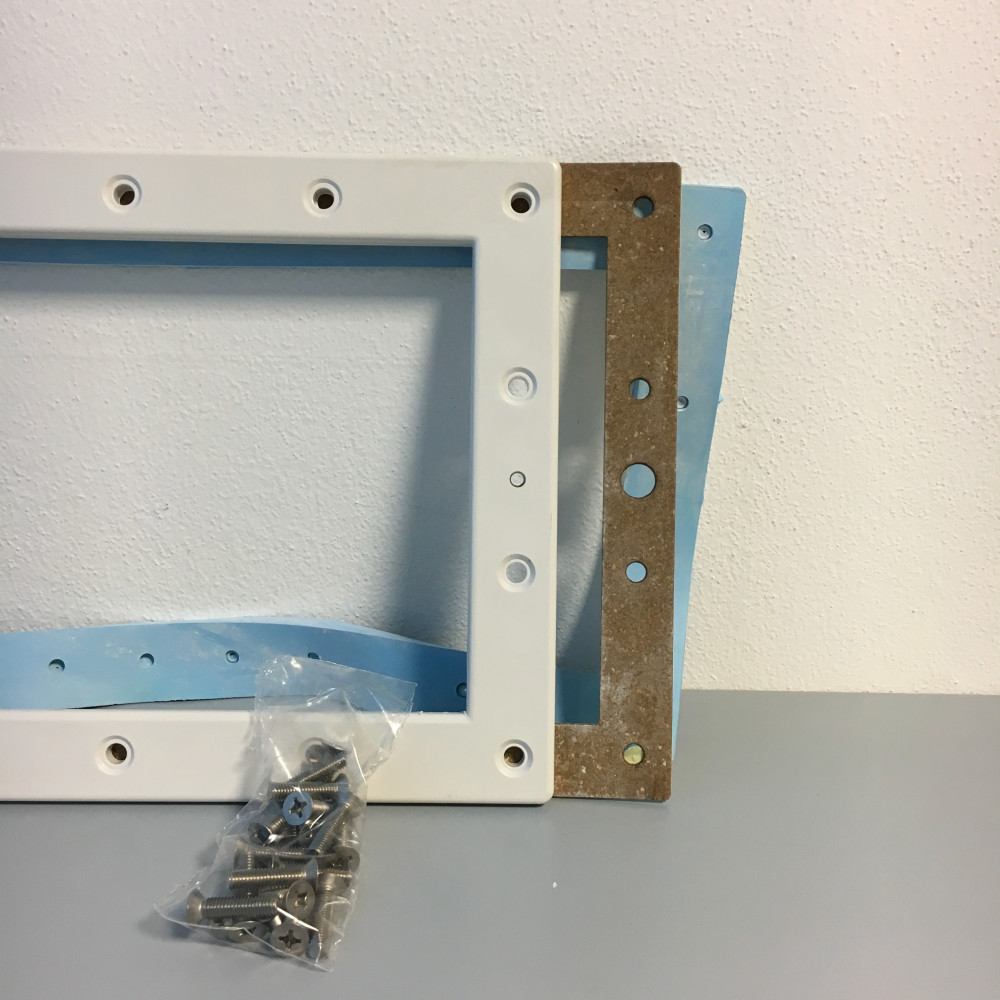 10-7-17 Kit corredo per metallo con membrana skimmer pools
